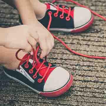 typos ypodhmatow sneakers
